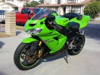 2004 ZX10R Ninja in excellent shape, showroom