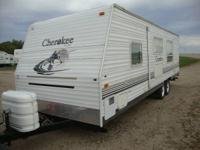 2004 KEYSTONE CHEROKEE LITE   28 FOOT TRAVEL TRAILER