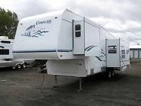 2004 Keystone Cougar 295RL. Used Made use of Fifth