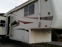 2004 Keystone Everest, Length: 34, 3 Slides, Sleeps 4,