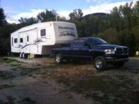 2004 Keystone Montana Artic Package 5th Wheel Well