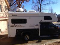 2004 Lance 1010 Truck Camper, Electric Jacks with