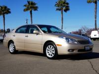 Rear Sunshade, Navigation, Ivory w/Leather Seat Trim,