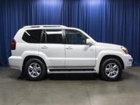 Clean Carfax AWD SUV with Leather 3rd Row Seats!