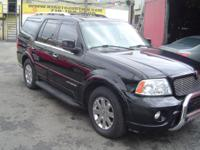 Exterior Color: black, Body: SUV, Engine: 5.4L V8 32V