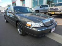 New Arrival! Low miles for a 2004! Multi-Zone Air