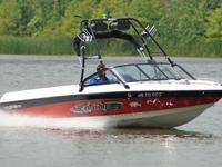 You are seeing a SUPER MINT 2004 Malibu 21 Wakesetter