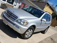 2004 ML500 Runs and drives great Low on Mileage 90,000