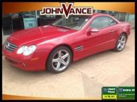 SL500 trim. ONLY 48,313 Miles! Nav System, Heated