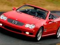 This 2004 Mercedes-Benz SL-Class 2dr Roadster 5.0L has