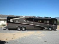 2004 Monaco Signature, SnowBirds Dream Coach: 3 slides,