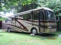 RV Type: Class A Year: 2004 Make: Monaco Model: Windsor