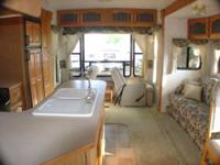 2004 Montana 2980RL 5th Wheel Priced reduced to $19000