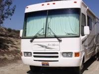 2004 National Recreational Vehicle Sea Breeze. 2004