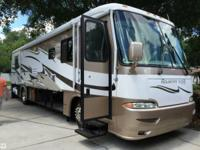 2004 Newmar Kountry Star Located in Land O Lakes,