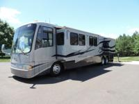 2004 Newmar Mountain Aire 43' Blue/Silver with Tag