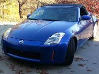 2004 Nissan 350Z Touring This coupe convertible has