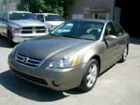 CLEAN TITLE, CLEAN CAR FAX!!! . 2004 NISSAN ALTIMA SE,