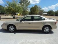 Options Included: N/AThis 2004 Oldsmobile Alero is in