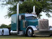 2004 Peterbilt 379 EXHD FLAT TOP C-16 CAT DIESEL