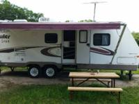 2004 Prowler Lynx. Predominantly Off-White exterior the