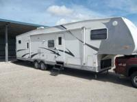 2004 R Vision Bayhauler Toy Hauler HAUL YOUR TOYS,