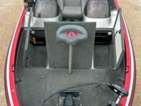 2004 Evinrude 225 HO. This rig will run !!2004 Ranger
