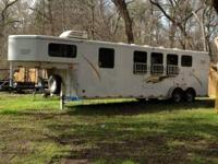 2004 Renegade Titan horse trailer for sale. It is a 4