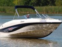 SUPER MINT 2004 Rinker 192 Captiva edition bow rider