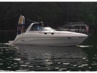 2004 Rinker 342 Fiesta Vee, LOADED, LOW HOURS, FRESH