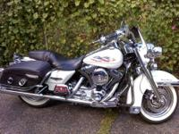 I am selling a 2004 Road King. This is a gorgeous bike