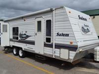 (802) 473-3390 ext.59 Used 2004 Forest River Salem T25