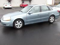 Options Included: N/AThis 2004 Saturn L-Series is