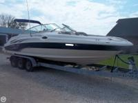 - Stock #048420 - This beautiful 2004 Sea Ray 270