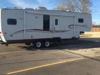 2004 sportsman 30ft fifth wheel travel trailer all