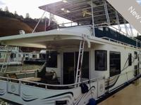 This beautiful 2004 Sumerset 56X15' houseboat is