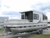 2004 SUNTRACKER 32 REGENCY EDITION PARTY CRUISER 32