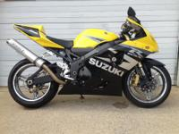 For 2004 the GSX-R750 takes that balance to an entirely