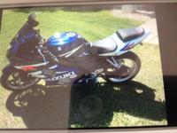 Asking 4,000.00 OBO for a 2004 600 Blue and White GSXR