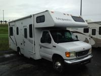 Pre-Owned 2004 Thor Four Winds Majestic Motor Home