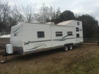 2004 30' Bumper pull camper Sleeps 11 I am the second