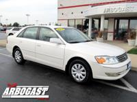 Options Included: N/AThis 2004 Toyota Avalon XL is an