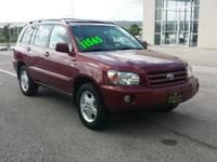 Clean, CARFAX 1-Owner. FUEL EFFICIENT 24 MPG Hwy/18 MPG