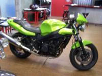 2004 Triumph Speed Four Great Sport Bike This is a very