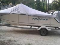 2004 Trophy 1703 CC. This beautiful 2004 Trophy 1703 CC