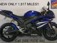 2004 Used Yamaha R1 For Sale-U1748 with chrome rims.