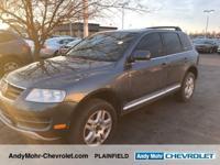 Volkswagen Touareg  Clean CARFAX.  **Moonroof /