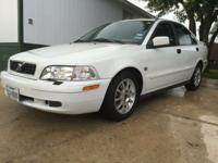 White Volvo S40 limited turbo automatic. Car has heated