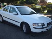2004 VOLVO S60 - EXCELLENT CONDITION - CLEAN CAR FAX -