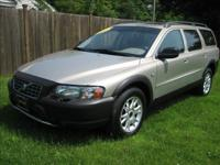 Options Included: All Wheel Drive, Alloy Wheels2004